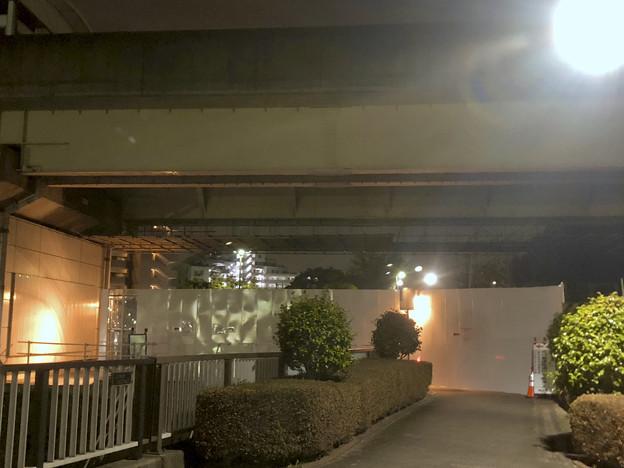 写真: 桃花台線の桃花台東駅周辺撤去工事(2018年10月22日):片側高架の撤去作業が開始 - 8