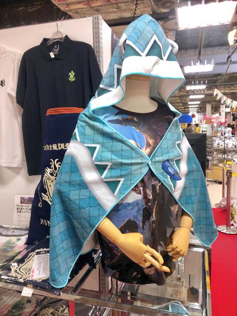 ロフト名古屋:モンハン関連グッズや資料の展示 - 4