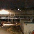 桃花台線の桃花台中央公園南側高架撤去工事(2018年11月5日):撤去予定の高架に足場の設置開始 - 3