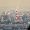 写真: 定光寺展望台から見た景色:王子製紙の工場