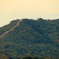定光寺展望台から見た景色:自衛隊の訓練施設(?)がある高座山 - 3