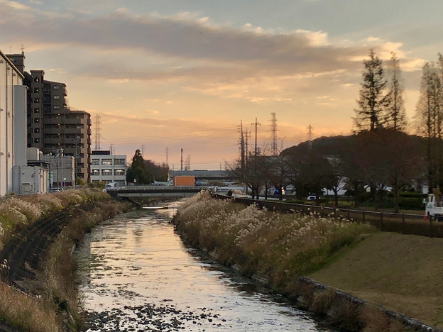 合瀬川沿いから見た夕焼け - 2