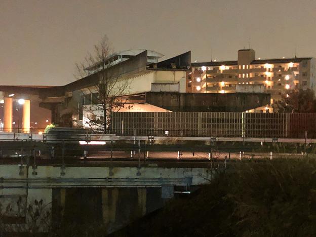 桃花台線の桃花台東駅周辺撤去工事(2018年12月11日):片側高架が下ろされる - 5