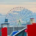 写真: ららぽーと名古屋みなとアクルス駐車場から見た景色 - 1:シートレインランドの大観覧車
