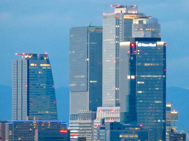ららぽーと名古屋みなとアクルス駐車場から見た景色 - 12:名駅ビル群