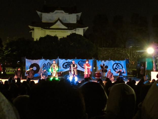 名古屋城×NAKED NIGHT CASTLE OWARI EDO FANTASIA 2018 No - 24:蛍光武具を付けた名古屋おもてなし武将隊のステージ