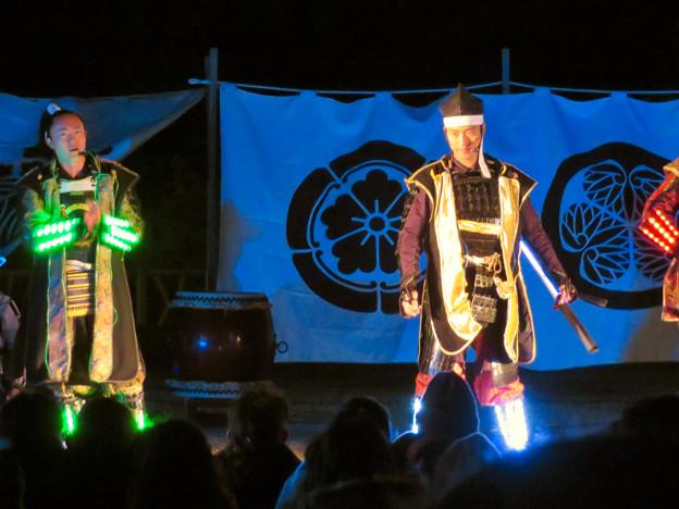 名古屋城×NAKED NIGHT CASTLE OWARI EDO FANTASIA 2018 No - 25:蛍光武具を付けた名古屋おもてなし武将隊のステージ