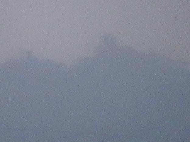 清洲城天守閣から見た景色:シルエットだけかすかに見えた岐阜城・金華山 - 3