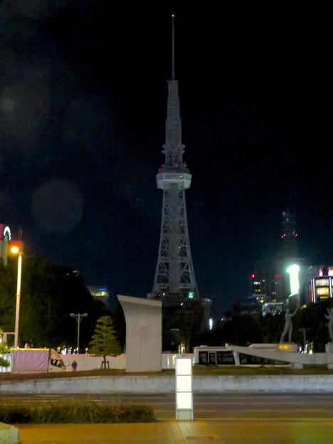 改修工事のためイルミネーションが消えてた名古屋テレビ塔(2019年1月13日) - 9