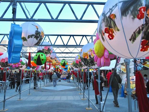 名古屋中国春節祭 2019(昼間)No - 6:カラフルで色んな形をしてた提灯
