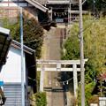 急な階段の上にある剣宮神社 - 3
