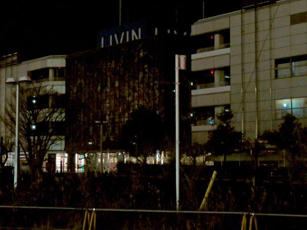 昨日閉店し灯りの消えたザ・モール春日井のステンドグラス - 12