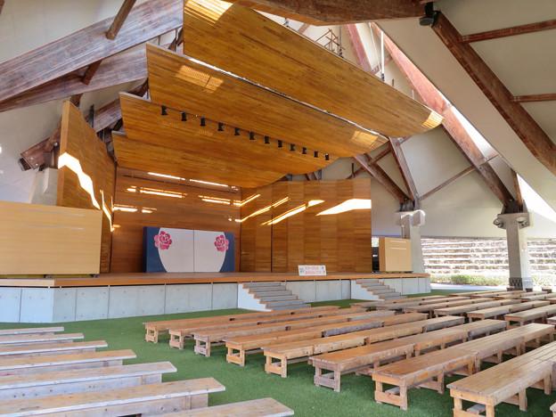 花フェスタ記念公園:イベントスペース「プリンセスホール雅」 - 9