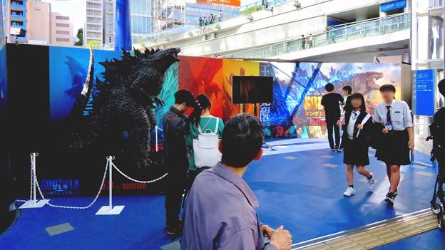 オアシス21で開催中の「ゴジラ・ウィーク・ナゴヤ」 - 10:会場横に展示されてたゴジラ