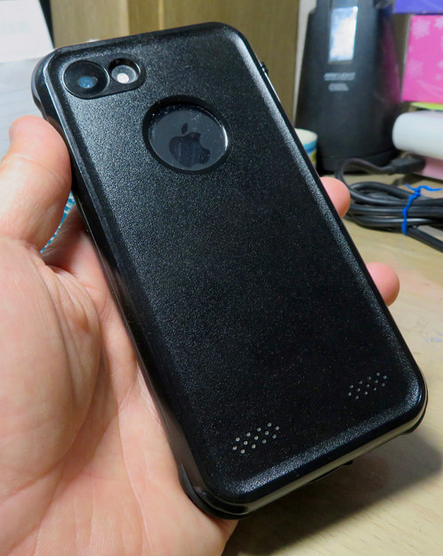 KYOKAのiPhone 7&8用の格安防水・耐衝撃ケース No - 34:背面