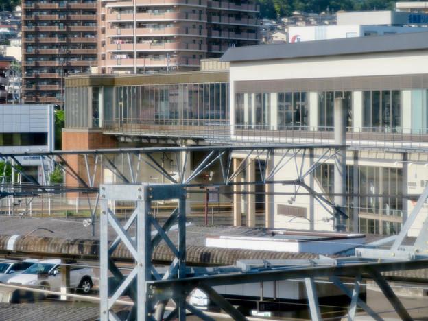 JR鵜沼駅 - 11:自由通路から見た駅舎