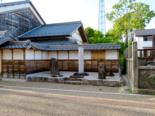 鵜沼宿 No - 37:芭蕉の句碑?