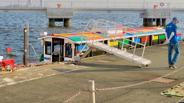 クルーズ名古屋(2019年5月)No - 171:ガーデンふ頭船着き場に停泊中の船