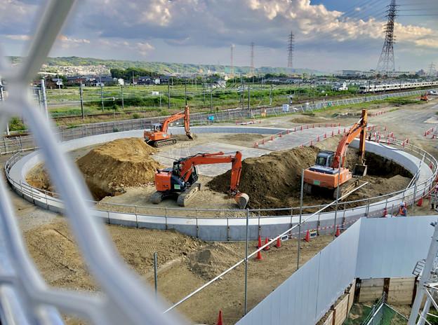 JR中央線 神領車両区近くの工事現場(2019年6月24日)No  - 2:謎のサークル