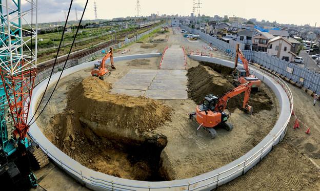 JR中央線 神領車両区近くの工事現場(2019年6月24日)No  - 3:謎のサークル(パノラマ)