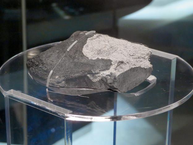 名古屋市科学館に展示中の「小牧隕石」 - 5