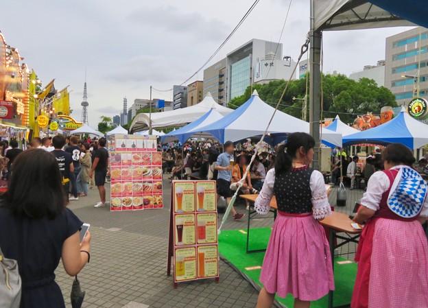 ビール日和の最終日、大勢の人で賑わってた「名古屋オクトーバーフェスト 2019」 - 2