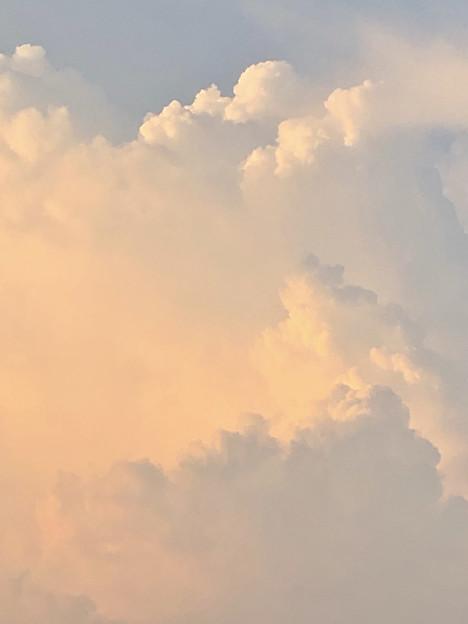 発達した夕暮れ時の雲 - 2