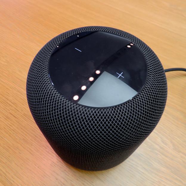 HomePod - 4:上部の音量調整機能