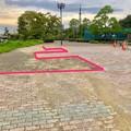 桃花台線の桃花台中央公園南側撤去工事(2019年8月31日)- 2:通行の阻害となってた飛び出す植え込みも復元!
