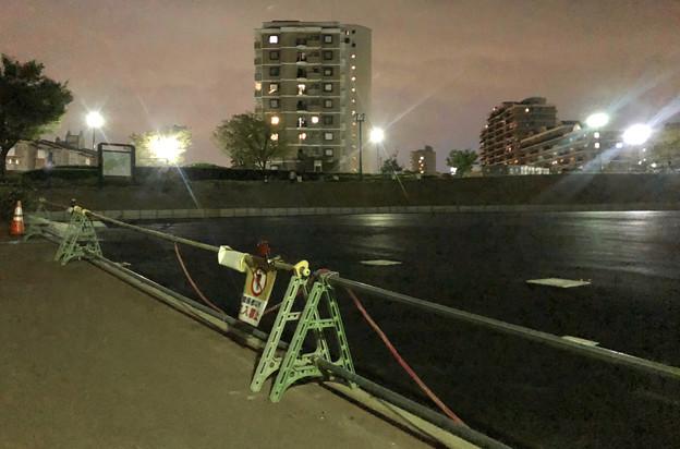 桃花台線の桃花台中央公園撤去工事(2019年9月11日):車両基地に入る部分だった撤去場所の舗装 - 3