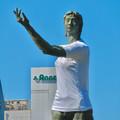 Photos: 錦通と久屋大通公園の噴水上彫像に「あいちヒトリエンナーレ」と書かれたTシャツが着せられる!? - 22
