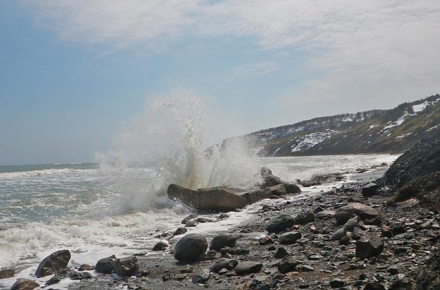 波が洗い出す