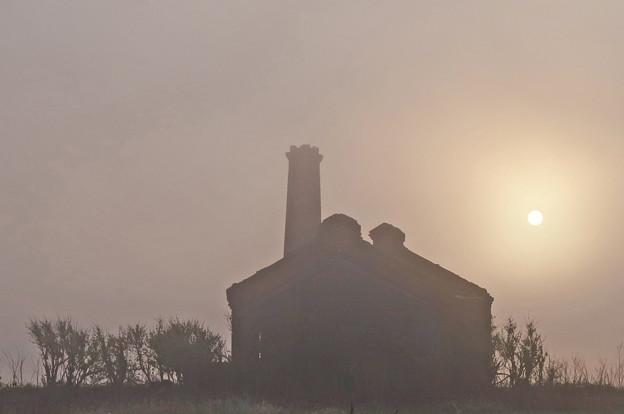 朝靄の廃墟1