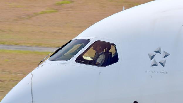 BOEING 787 JA818A (3)