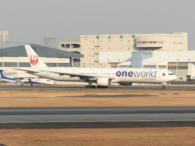 JAL B777-300