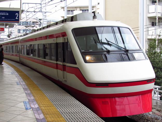東武201F