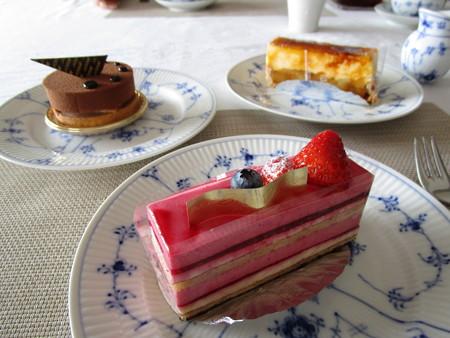 三種類のケーキ