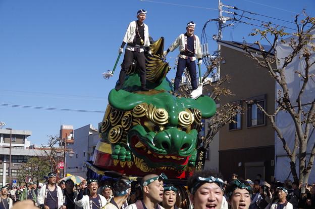 12番曳山 京町の珠取獅子