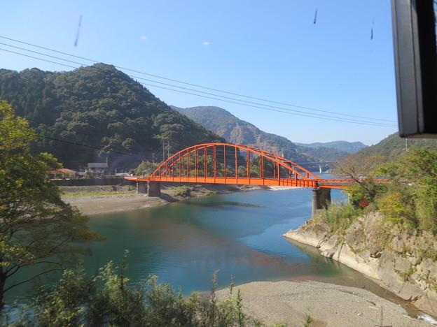 車窓からの眺め 球磨川