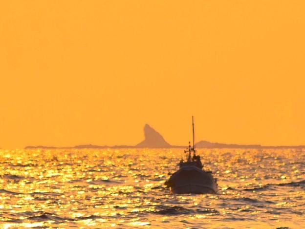 烏帽子岩 #湘南 #藤沢 #海 #波 #wave #surfing #mysky #beach