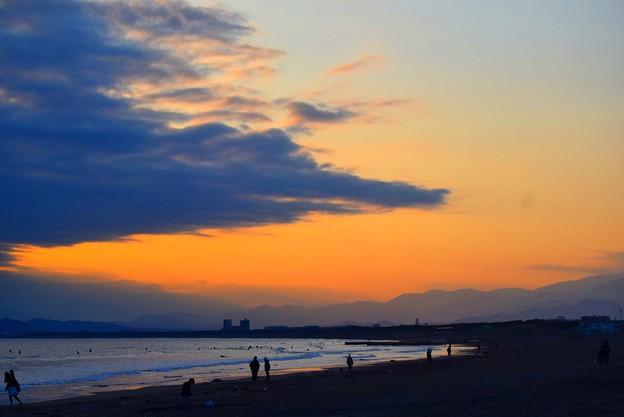 日没後の湘南・鵠沼海岸 #湘南 #藤沢 #海 #波 #wave #surfing #mysky #beach