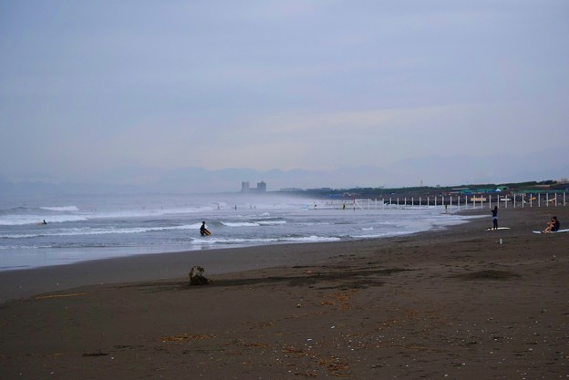 雲が広がる今朝の湘南・鵠沼海岸 #湘南 #藤沢 #海 #波 #wave #surfing #mysky #beach
