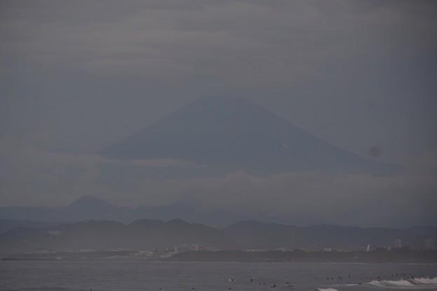 曇り空で見えている富士山 #湘南 #藤沢 #海 #波 #wave #surfing #wave #mysky #mtfuji #fujisan #富士山