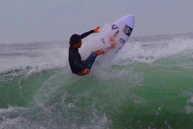 弱いオフショアの湘南・鵠沼海岸 #湘南 #藤沢 #海 #波 #wave #surfing #wave #mysky #beach