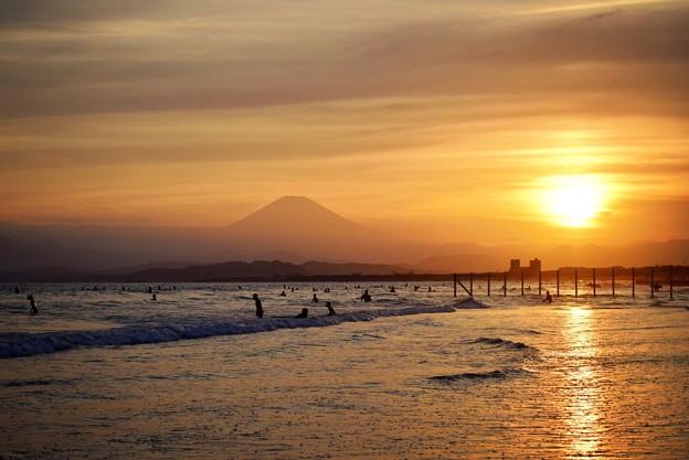 富士山と夕日ライン #湘南 #藤沢 #海 #波 #wave #surfing #mysky #fujisan #mtfuji #富士山