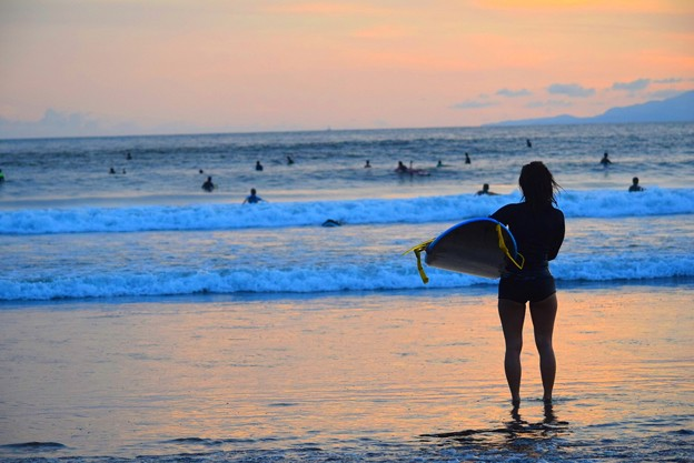 黄昏の湘南・鵠沼海岸 #湘南 #藤沢 #海 #波 #wave #surfing #mysky