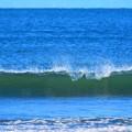 Photos: 今朝の湘南・鵠沼海岸の波はひざからももサイズ #湘南 #藤沢 #海 #波 #wave #surfing #mysky