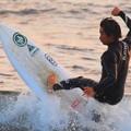 夕方の湘南・鵠沼海岸の波はももから腰サイズ #湘南 #海 #波 #beach #surfinng #サーフィン #wave #mysky