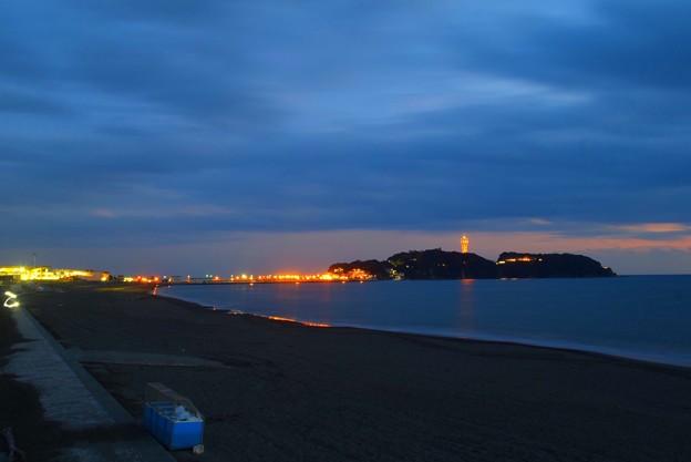 夕闇の江ノ島 #湘南 #海 #波 #beach #surfinng #サーフィン #wave #mysky