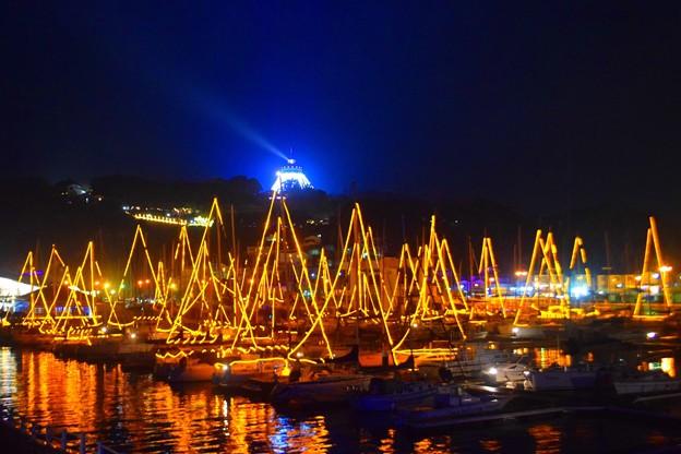 ヨットのイルミネーションと江ノ島シーキャンドル #江ノ島 #湘南 #イルミネーション #クリスマス #illumination #christmas #merrychristmas